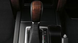 prado-gear-shift-940-529